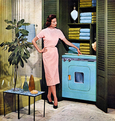 Vintage-washing-machine-ad-blue-machine-lady-in-pink-via-windysydney-blogspot-com